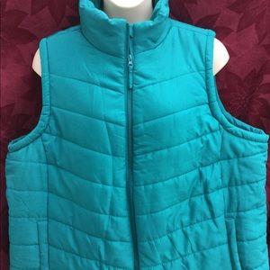 Jackets & Blazers - NWOT puff vest size 4X plus size